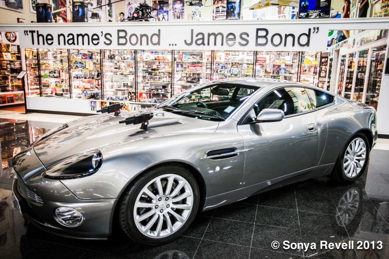 dezer-collection-by-sonya-revell-forbes-james-bond-cars