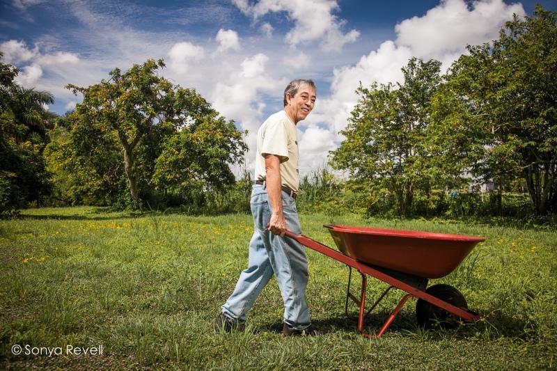 andres-mejides-organic-gardening-sonya-revell