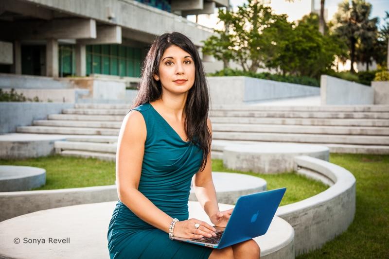 University-of-Miami-Law-Professor-Mary-Anne-Franks-portrait-by-sonya-revell-for-aba-journal
